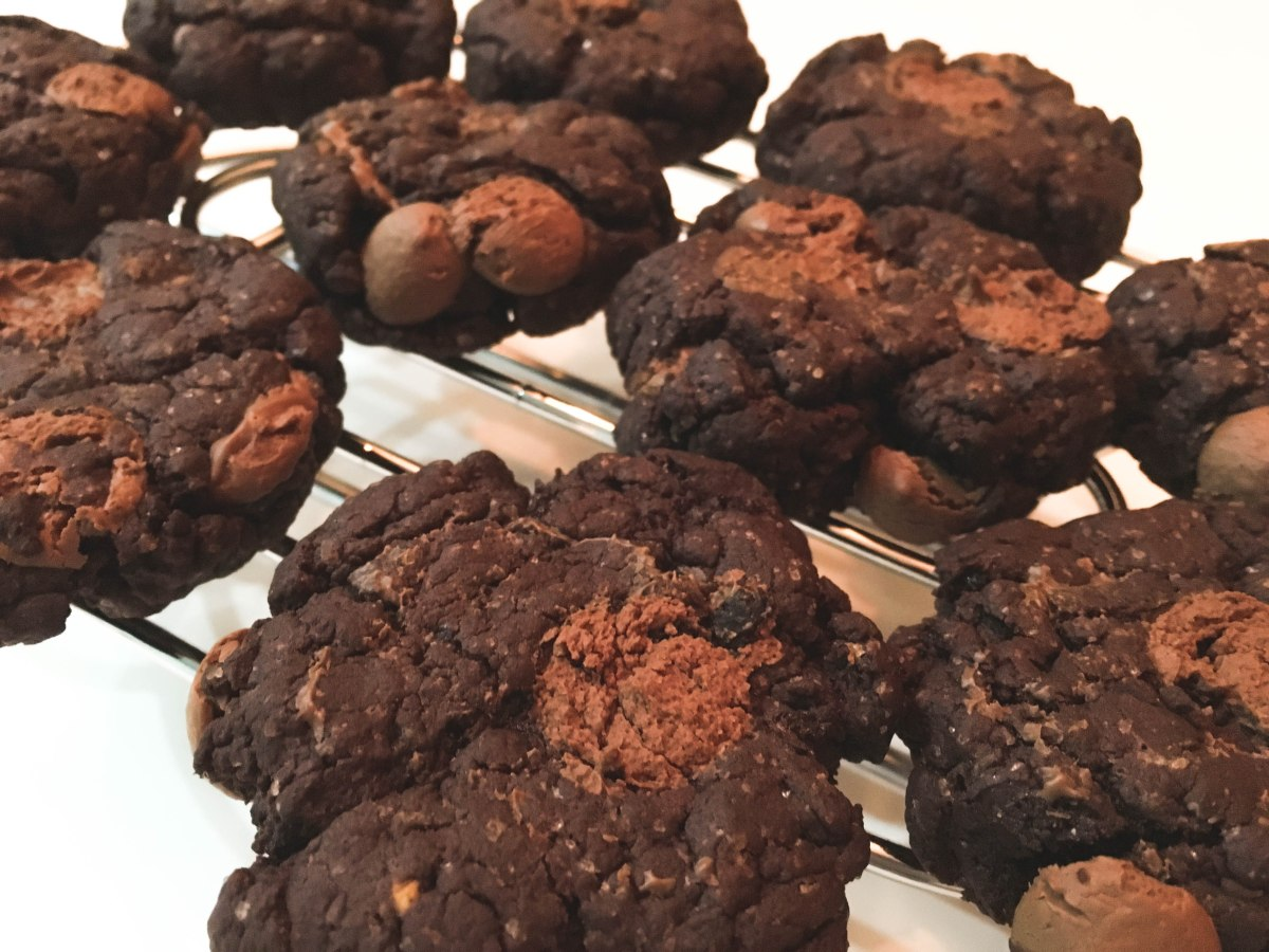 Avocado Choc Chip Cookies
